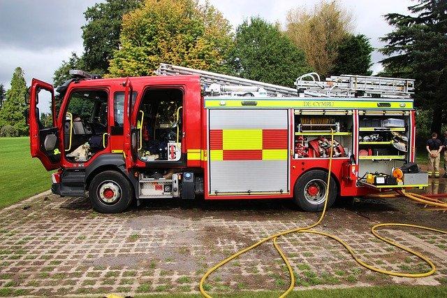 fire-engine-2732208_640