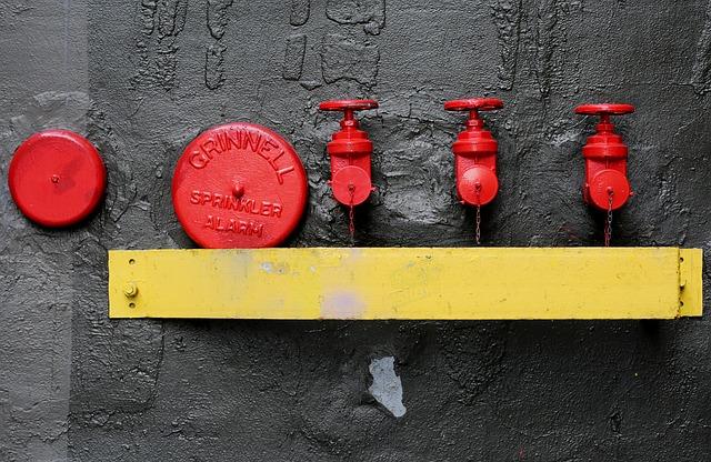 valves-413713_640